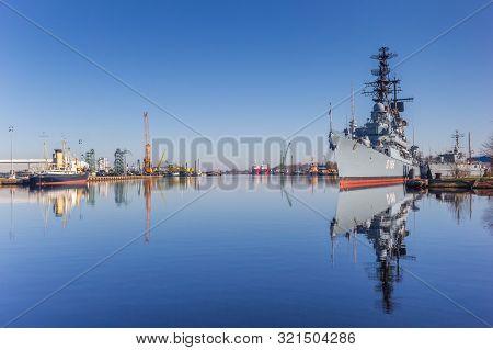 Wilhelmshaven, Germany - February 24, 2019: Military Battleship In The Harbor Of Wilhelmshaven, Germ