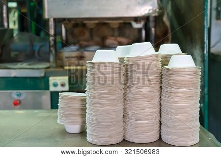 Food Bowl Made From Fiber Of Bagasse In Factory. Eco-friendly Materials It Can Be Easily Decomposed.