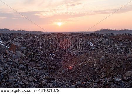 Granite Quarry, Dump, Rocks, Sunset Background Big Pile Of Gravel In A Granite Quarry On The Backgro