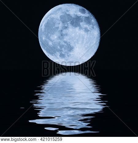 Big Moon Over The Sea At Night. Moonlight On The Waves