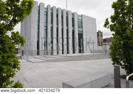 Drogheda, County Louth, Ireland, May 15th 2021. Frontal View Of Drogheda Courthouse In County Louth