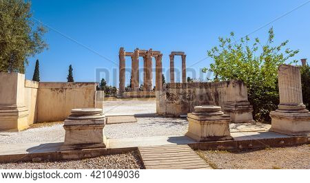 Zeus Temple In Athens, Greece. Panorama Of Gateway Of Ancient Greek Monument, Ruins Of Classical Bui