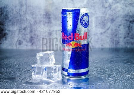 Klang,malaysia- Circa May, 2021: A Picture Of Cold Red Bull Energy Drink With Cold Ice Insight. Red