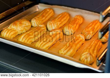 Baking Eclairs In The Oven.