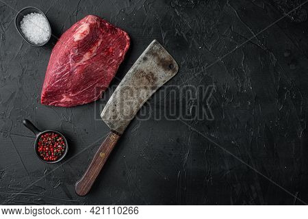 Round Beef Meat Raw Set With Old Butcher Cleaver Knife, On Black Background, Top View Flat Lay,  Wit