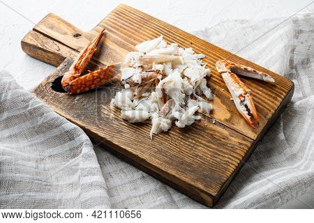 Boiled Blue Swimmer Crab Meat Or Horse Blue Crab, Flower Crab Set, On Wooden Cutting Board, On White