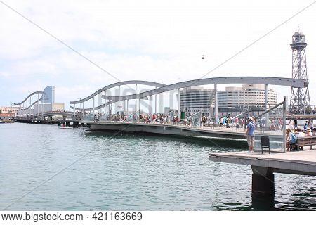 Barcelona, Spain, 1.09.2020 - Rambla Del Mar, Waterfront Promenade In Port Of Barcelona With Modern
