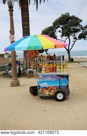 May 14, 2021 Santa Monica California, USA: Street Vendor Cart with Fruit and Vegitables for sale in Santa Monica California. Santa Monica has many Push Card Vendors avaliable. Editorial Use.