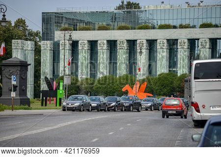 Warsaw. Poland - August 2015: Supreme Court Of Poland. The Building With Green Columns And Mirrored