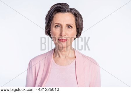 Photo Of Aged Serious Woman Pensioner Confident Concentrated Focused Isolated Over Grey Color Backgr