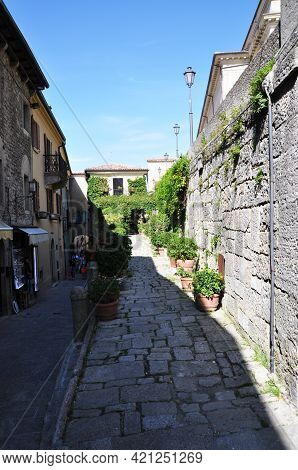 Street In The Old Town. San Marino, San Marino - October 10, 2014, View Of The Historic Center Of Sa