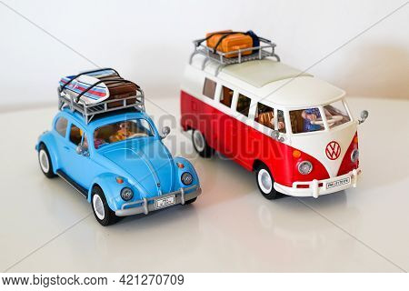 Bordeaux , Aquitaine France - 05 18 2021 : Playmobil Beetle Vw And Bus In Toy Vintage Volkswagen Cam