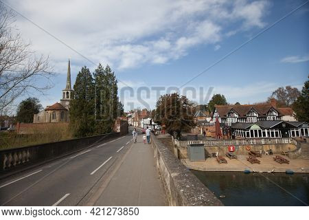 Views From Wallingford Bridge In Oxfordshire In The Uk, Taken On The 31st March 2021