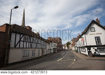 Old Buildings On The High Street In Wallingford, Oxfordshire In The Uk, Taken On The 31st March 2021