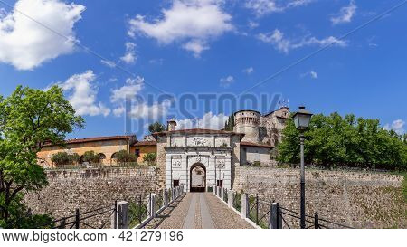Beautiful Panoramic View Of The Main Entrance To The Historic Castle Of Brescia City. Lombardy, Ital