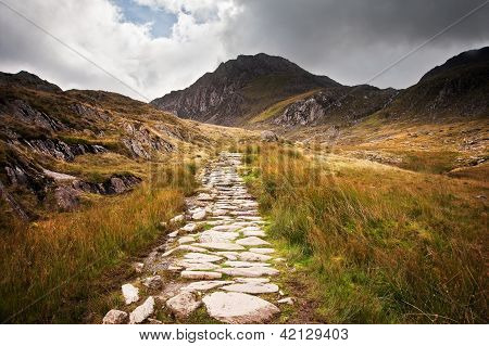 View Along Footpath In Mountains Towards Glyder Fawr Snowdonia National Park