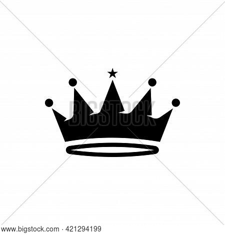 Crown Icon Isolated On White Background. Trendy Crown Icons And Modern Crown Symbols For Logo, Web,