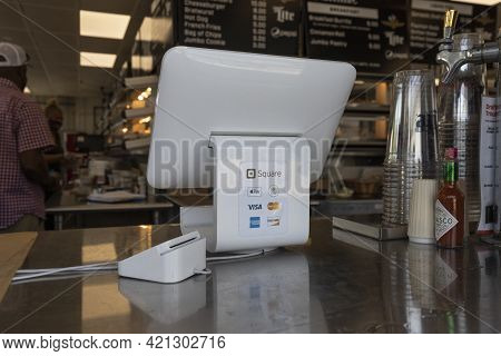 Indianapolis - Circa May 2021: Mobile Credit Methods Including Square, Apple Pay, Android Pay, Visa,