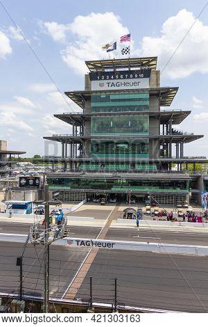Indianapolis - Circa May 2021: The Yard Of Bricks, Start Finish Line, And Pagoda At Indianapolis Mot