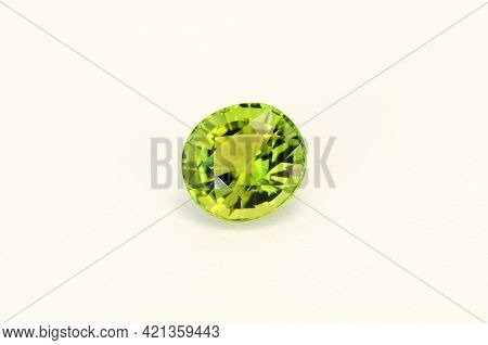 Natural Bright Neon Yellowish Green Color Oval Faceted Clean Loose Tourmaline Gemstone Setting For M