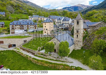 Bohi (in Catalan, Boi) Is A Town In The Municipality Of Valle, Northwest Of The Province Of L