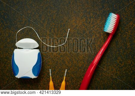 Toothbrushe, Dental Floss, Interdental Toothbrushes, Oral Hygiene Items, Close Up