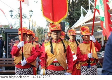 Yogyakarta, Indonesia - October 01, 2019; A Group Of Warriors Are Walking In Knight Costumes In The