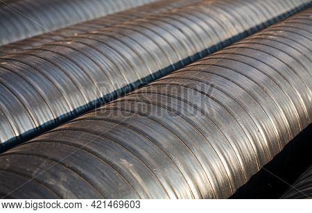 New Pre-insulated Pipes With Anti-corrosive Protective Tape, Ready For Welding