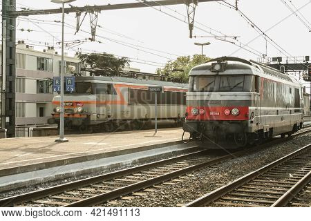 Nimes, France - October 29, 2006: Diesel Locomotive, A Sncf Bb67400 Class, Ready For A Passenger Tra