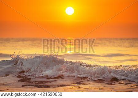 Sunrise And Shining Waves In Ocean, Sunrise Shot