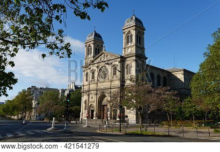Church Of Saint-francois-xavier Seen From Boulevard Des Invalides In Paris.