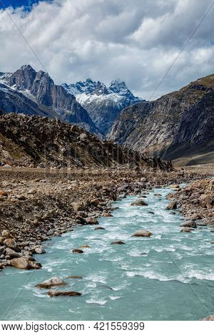 Chandra river in Lahaul Valley in indian Himalayas. Himachal Pradesh, India India