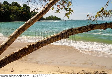 Manuel Antonio, Famous Oceanside National Park Off Costa Rica's Central Pacific Coast, Near  Quepos.