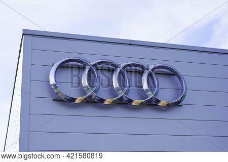 Bordeaux , Aquitaine France - 05 18 2021 : Audi Logo Dealership Round Sign Store Brand Car Sale Shop