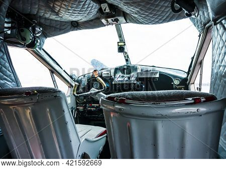 Stunning View Of The Cockpit Of An Old Seaplane Used For Sightseeing