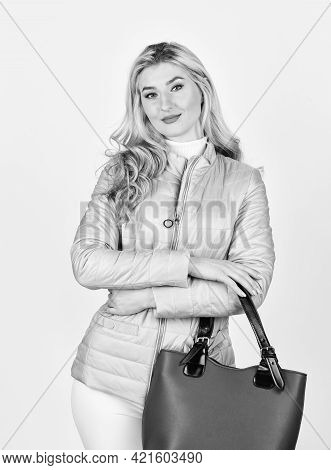 Fashion Blog. Handbag Fashion And Beauty. Tote Or Shopper Bag For Any Occasion. Woman Use Leather Cl