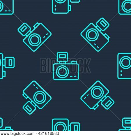 Green Line Photo Camera With Lighting Flash Icon Isolated Seamless Pattern On Blue Background. Foto