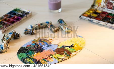 Creative Area. Art School. Painting Tools. Artistic Process. Hobby Leisure. Light Table With Palette