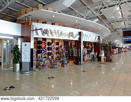 Cape Town, South Aafrica - 01 May 2012: The Gift Shop In The Airport In Cape Town, South Aafrica