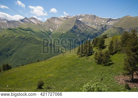 Panoramic View Of Beautiful Peaks Of National Park Of Monti Sibillini In The Marche Region, Italy