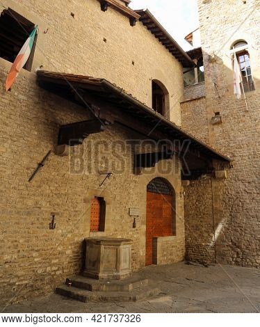 House Of The Italian Poet Dante Alighieri Who Wrote The Divine Comedy In The City Of Florence In The