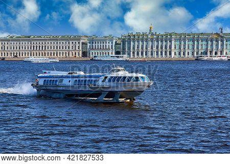Saint Petersburg, Russia - ??? 09, 2021: The Meteor Ship Sails Along The Neva River In St. Petersbur