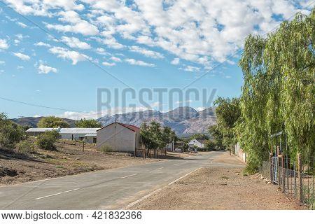 Klaarstroom, South Africa - April 5, 2021: A Street Scene, With Buildings, In Klaarstroom In The Wes
