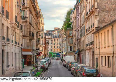 A view a Parisian street