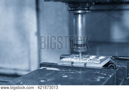 The  Cnc  Milling Machine Cutting  The Jig And Fixture Parts By Solid   End-mill Tool Type. The Hi-p