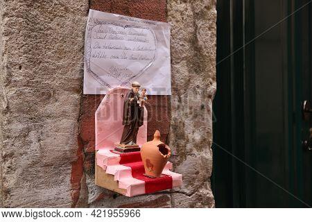 Lisbon, Portugal - June 6, 2018: Saint Anthony Shrine At Festa Santo Antonio In Alfama District, Lis