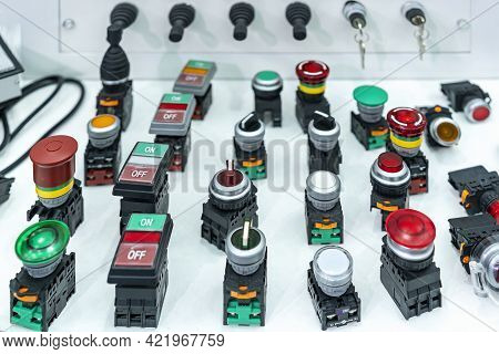 Various Push Button With Signal Lamp Indicator Or Pilot Lamp And Key Switch On Off Mono Level Switch