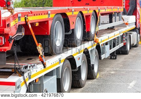 Truck Vehicle Platforms, Heavy Duty Anchorage With Ratchet Fixing Strap To Connect The Truck Floor A