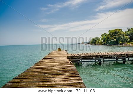 dock pier in livingston guatemala