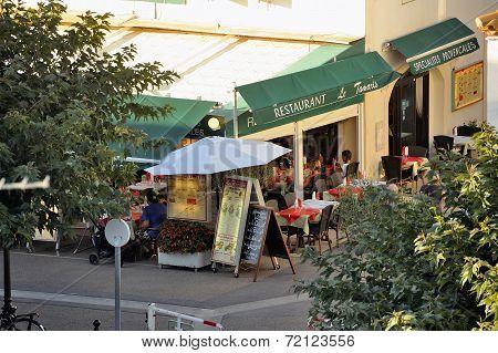 Restaurant In The City Center Of Saintes-maries-de-la-mer